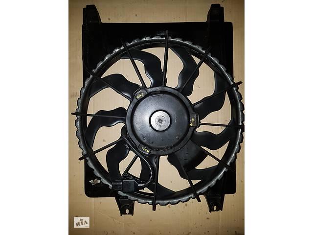 продам Б/у диффузор с вентилятором радиатора кондиционера комплект  для Hyundai Santa Fe 2.2.td бу в Черкассах