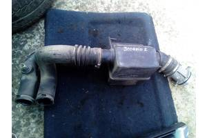 Бу корпус повітряного фільтра Ford Scorpio 2 бензин