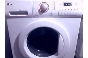 б/у Фронтальные стиральные машинки LG