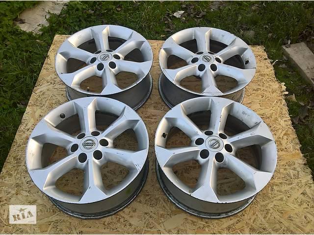 продам Б/у диск с шиной для Nissan Navara Pathfinder R 51 бу в Рожнятове