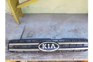 Б/у решетка радиатора для Kia Sportage 2004-2010