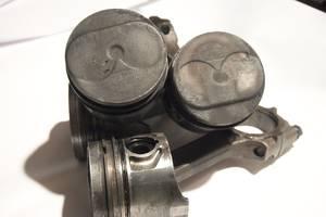 Поршень 1. 9д для Fiat Ducato 1995рв на фиат дукато 1. 9д цена 750гр за один диаметр 82. 6 мм палец 25мм пробег 200т