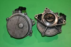 Б/у вакуумный насос для Volkswagen Passat B5 2.5TDI 2003-2005  72260806, 057145100C