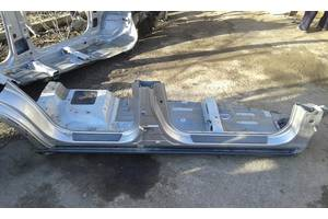 Бічна частина кузова, пороги для Hyundai Tucson з 2005р