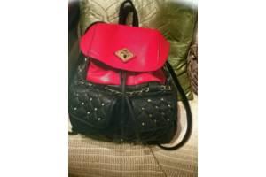 Рюкзак ,сумка ,красная ,стильная под Chanel, Luis Vitton