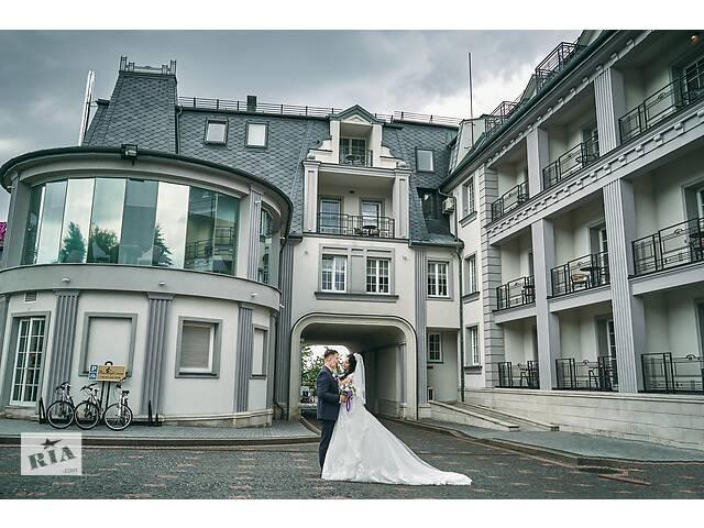 продам Фотограф и видеограф на свадьбу EDEMstudio бу в Львове