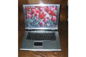 Продам ноутбук робочий, все в комплекте!!! Fujitsu Siemens AMILO L6825