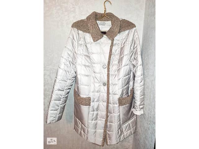 продам Продається осіннє пальтечко бу в Запоріжжі