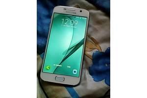 б/в Сенсорні мобільні телефони Samsung Samsung Galaxy S7
