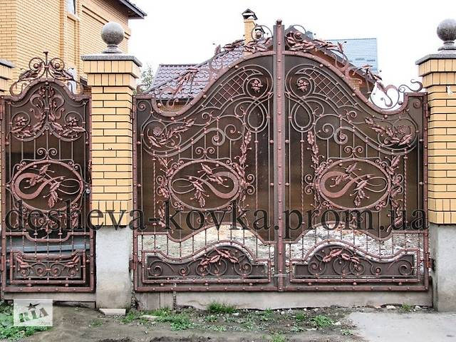 Металлические распашные въездные ворота с калиткой- объявление о продаже  в Виннице