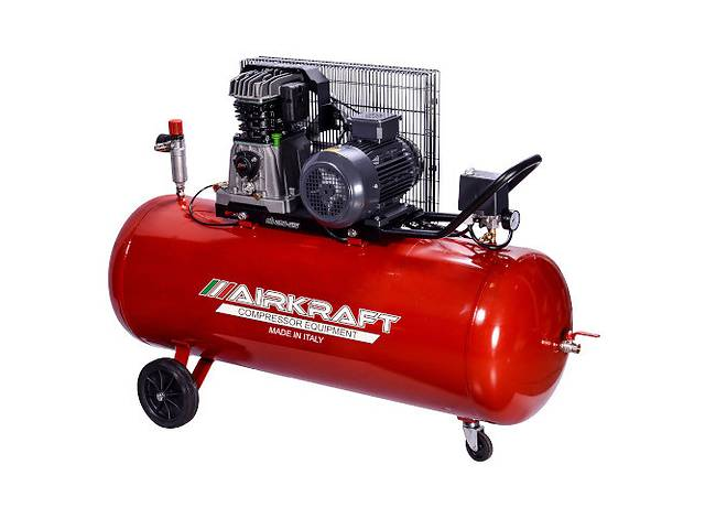 купить бу Поршневой компрессор с ременным приводом 200л, 510л/мин, 380В, 3кВт AIRKRAFT AK200-510-380 в Одессе