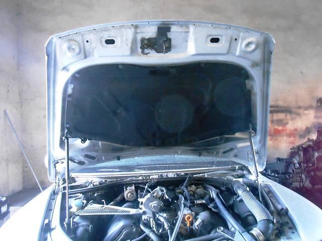продам  Капот Volkswagen Touareg 2003-2009 бу в Ровно