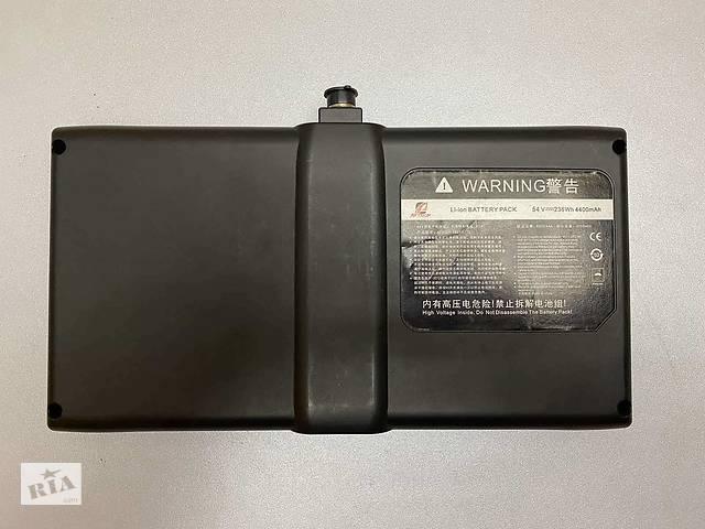 продам Батарея/Аккумулятор + Зарядное NineBot 54V 235Wh (4400Mah) бу в Черновцах