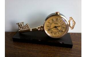 Часы – будильник «СЛАВА», ключ, «МОСКВА», СССР, 80-е годы.