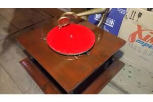 Граммофон старинный антиквариат раритет патефон грамофон