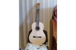 Классическаюя гитара Yamaha C40М