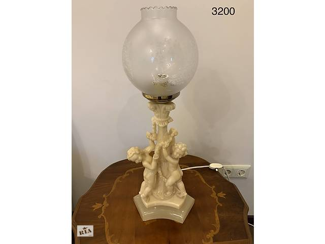 Лампа настольная антикварная из Бельгии- объявление о продаже  в Ивано-Франковске
