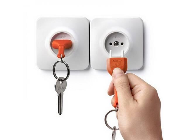 продам Набор ключница настенная с брелком для ключей бело-оранжевая Таиланд 115145 бу в Киеве