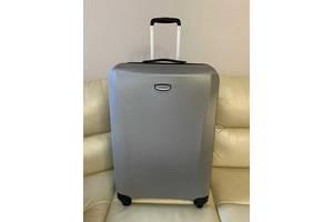 Продам новый чемодан оригинал Samsonite