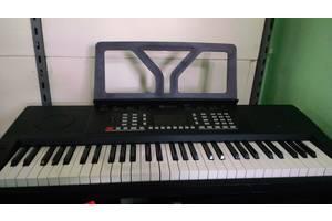 Продам, синтезатор-піаніно Schubert Etude 61 MK 10033244. стан нового
