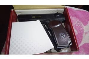 Пистолет Макарова для спортивной стрельбы.