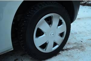 Нові Ковпаки на диск Renault Kangoo