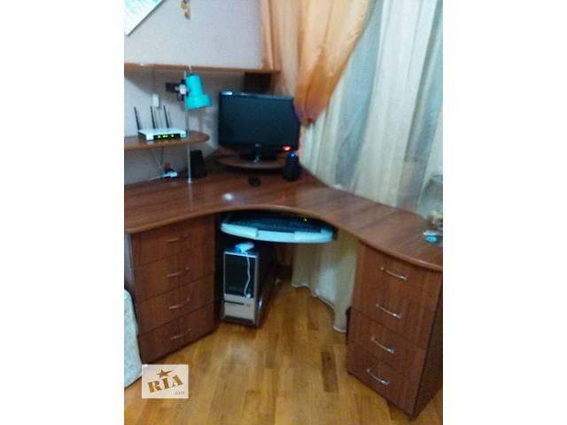 продам Компьютерный стол угловой бу в Тернополе