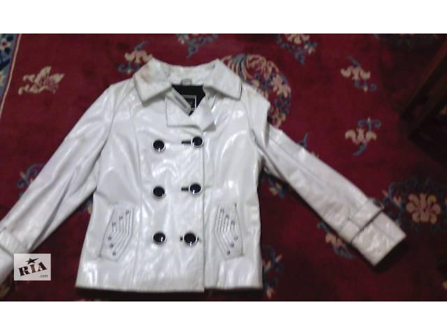 продам кожанная лаковая курточка бу в Харькове