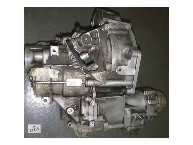 купить бу Коробка переключения передач Volkswagen Caddy Passat SKODA OCTAVIA  A5 2.0 1.9tdi 4x4 6-ступка KXV в Ровно