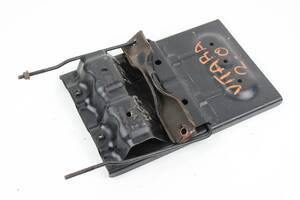 Кронштейн полки АКБ комплект Suzuki Grand Vitara (JB) 06-17 (Сузуки Гранд Витара)  7255065J00