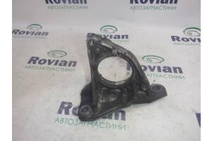 Кронштейн полуоси правой Dacia LOGAN MCV 2006-2009 (Дачя Логан мсв), БУ-207641