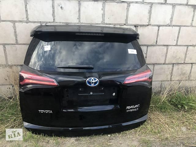 бу Крышка багажника для Toyota Rav 4 в Ровно