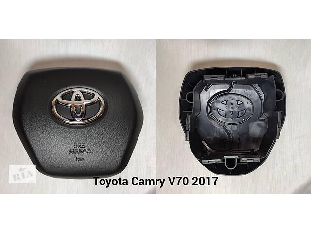 купить бу Крышка (заглушка, накладка) руля Toyota в Запорожье