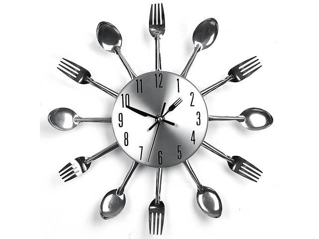 """продам Кухонные настенные часы """"Ложки вилки"""" бу в Днепре (Днепропетровск)"""