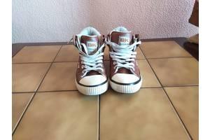 б в Чоловіче взуття 7e64e51e5d96b