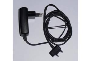 б/в Зарядні пристрої для мобільних Sony Ericsson