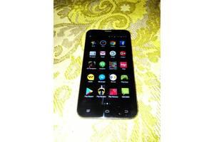 б/у Мобильные телефоны, смартфоны Fly Fly FS551 Nimbus 4