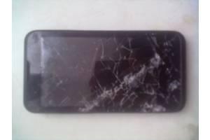 б/у Мобильные телефоны, смартфоны Prestigio