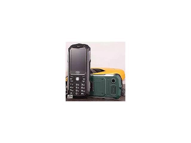 купить бу Прочный мобильный телефон Land Rover S6 slim 2 сим,2,2 дюйма,2 Мп,2000 мА/ч. в Полтаві