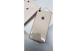 б/у Мобильные для девушек Apple iPhone 8