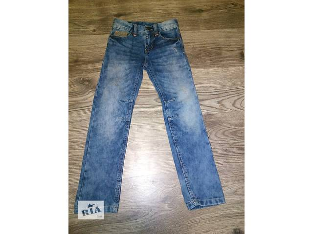 продам Модные джинсы НОВЫЕ бу в Киеве