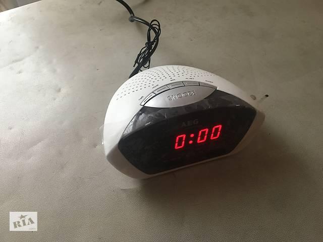 продам Радиоприёмник+будильник с Германии оригинальный.AEG. бу в Усть-Черной
