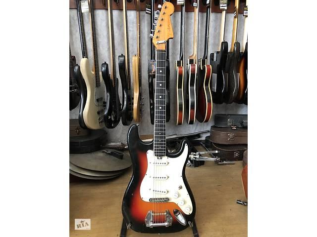 купить бу (2093) Электрогитара Фендер Fender Stratocaster made in USA в Чернигове