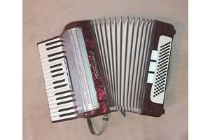 б/в Інші музичні інструменти Weltmeister