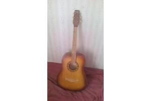 б/у Акустические гитары Trembita