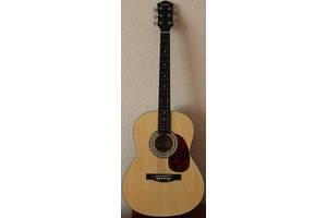 б/у Акустические гитары Maxtone