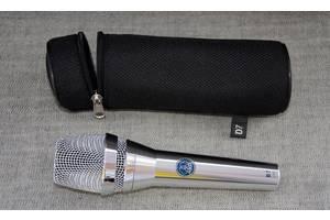 б/у Вокальные микрофоны AKG