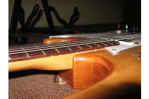 б/у Электрогитары Squier by Fender