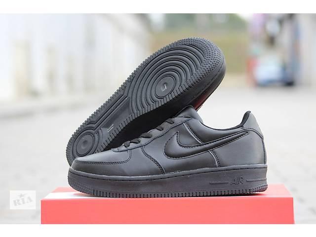 Мужские зимние кроссовки Nike Air Force черные   - объявление о продаже  в Хмельницком