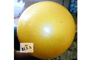 б/в М'ячі для фітнесу